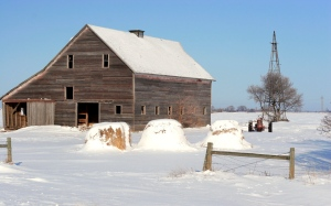 630_Winter-Country-Barn_1280x800-Wallpaper1